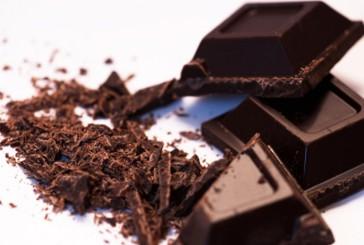 Il cioccolato fa venire l'acne? Uno studio scoprirà la verità
