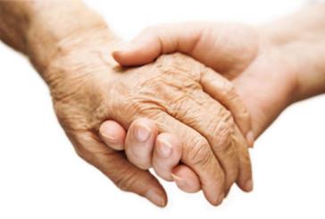 L'Italia invecchia e la badante non basta più
