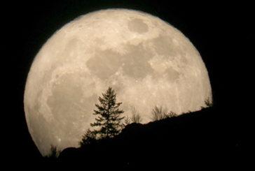 Superluna da record protagonista del cielo di novembre