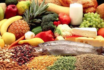 La dieta anti-fratture: frutta, verdura, pesce e cereali integrali