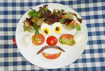 Se i bimbi giocano con frutta e verdura ne mangiano di più
