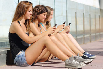 Smartphone, allarme dipendenza e 'nomofobia'