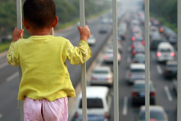 Allarme pediatri Fimp: i danni dell'inquinamento per la salute dei bambini