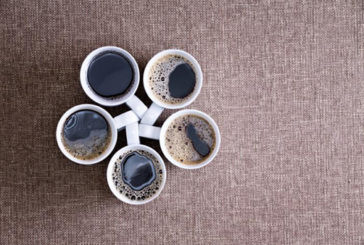Cinque caffè al giorno dimezzano rischio cancro al fegato