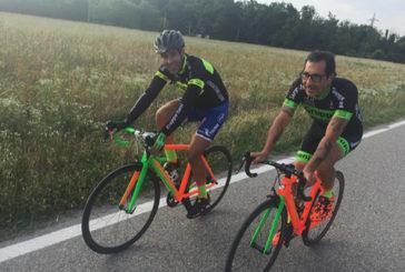 Clinicamente morto, ciclista salvato e ora curato in bici
