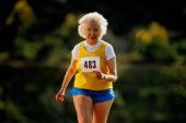 Un minuto di corsa al giorno migliora la salute delle ossa nelle donne