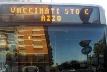 Atac Roma: scritta anti-vaccini sul bus, avviati accertamenti