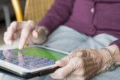 I social sono utili contro la depressione degli anziani