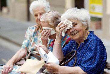 Ritorna il caldo. Allerta per gli anziani: poca acqua  e pressione troppo bassa i nemici del cuore