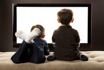 La TV in sottofondo ostacola l'apprendimento dei bambini