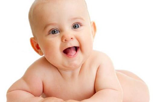 Bambino Otto Mesi.A 8 Mesi I Bambini Sanno Gia Quando Hanno Bisogno Degli Adulti