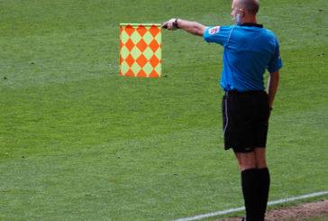 Identificare il fuorigioco nel calcio: sin da piccole brave anche le donne