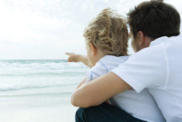 Coinvolgimento e fiducia nel ruolo, così papà aiutano bimbi