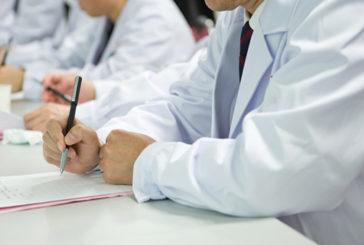 Eurostat, in Italia i medici più vecchi, più di 1 su 2 over-55