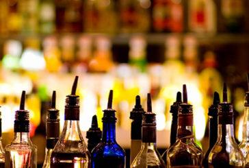 Bere tanto alcol e a lungo fa invecchiare prima arterie