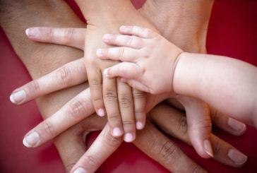 Avere figli allunga la vita, vantaggi evidenti da anziani