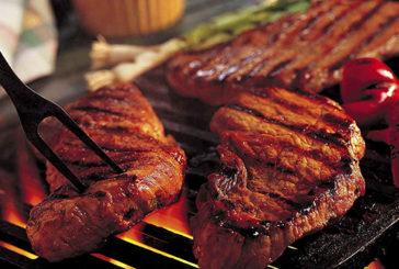 Carne rossa aumenta il rischio di morte per 9 malattie