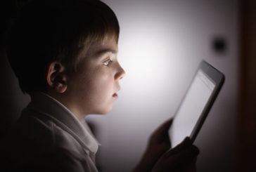 Bambini online esposti ai siti su droga, alcol e tabacco