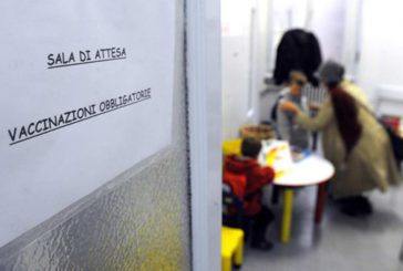 Proposta riduzione da 12 a 10 vaccini obbligatori a scuola