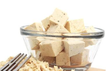 Tofu, soia e pane nero per allontanare il rischio di menopausa precoce