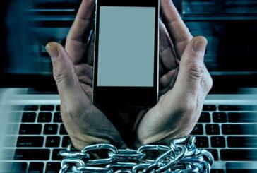 Un terzo degli italiani ammette di soffrire di Cyberdipendenza