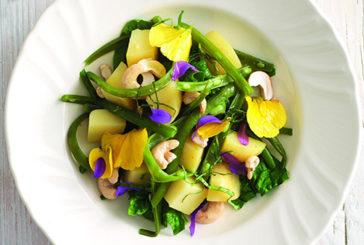 Per abituare i bimbi alle verdure si deve cominciare dall'allattamento