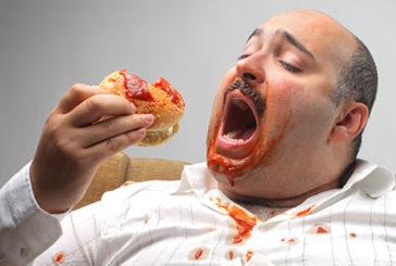Studio Usa, abbuffarsi di cibo può rovinare anche la memoria