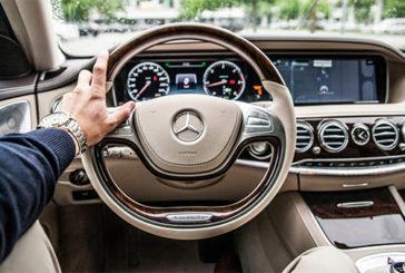 Gli uomini con testosterone alto sono più propensi ai beni di lusso