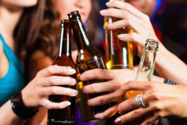 Alcol e fumo danneggiano le arterie già in età adolescenziale
