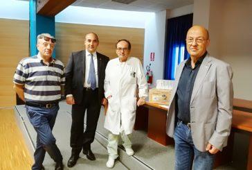 Il Lions Club di Gualdo Tadino dona un videoproiettore all'ospedale di Branca