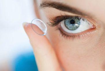 Per trattare alcune malattie infiammatorie nasce la lente a contatto che rilascia farmaci nell'occhio