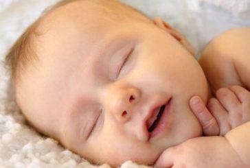 La lingua madre influenza il pianto del neonato