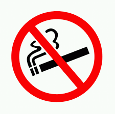 fumare all'aperto