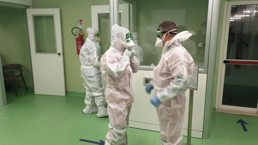 Coronavirus: sono sei i contagiati in Lombardia. Si consiglia di restare a casa