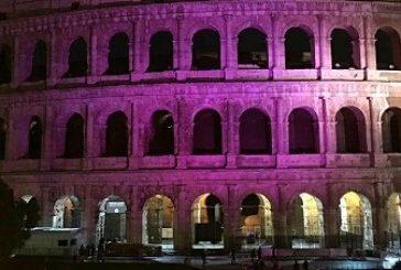 Il Colosseo si illumina per la giornata mondiale contro l'epilessia