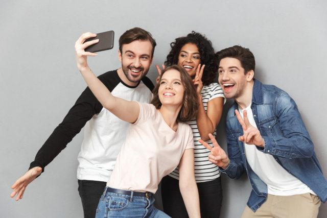 sindrome da selfie: identity work