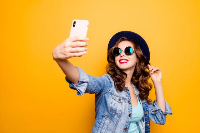il significato psicologico del selfie