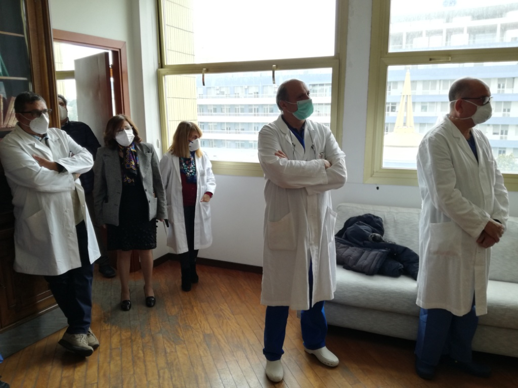 """Caltagirone. Visita del manager Lanza all'Ospedale """"Gravina"""""""